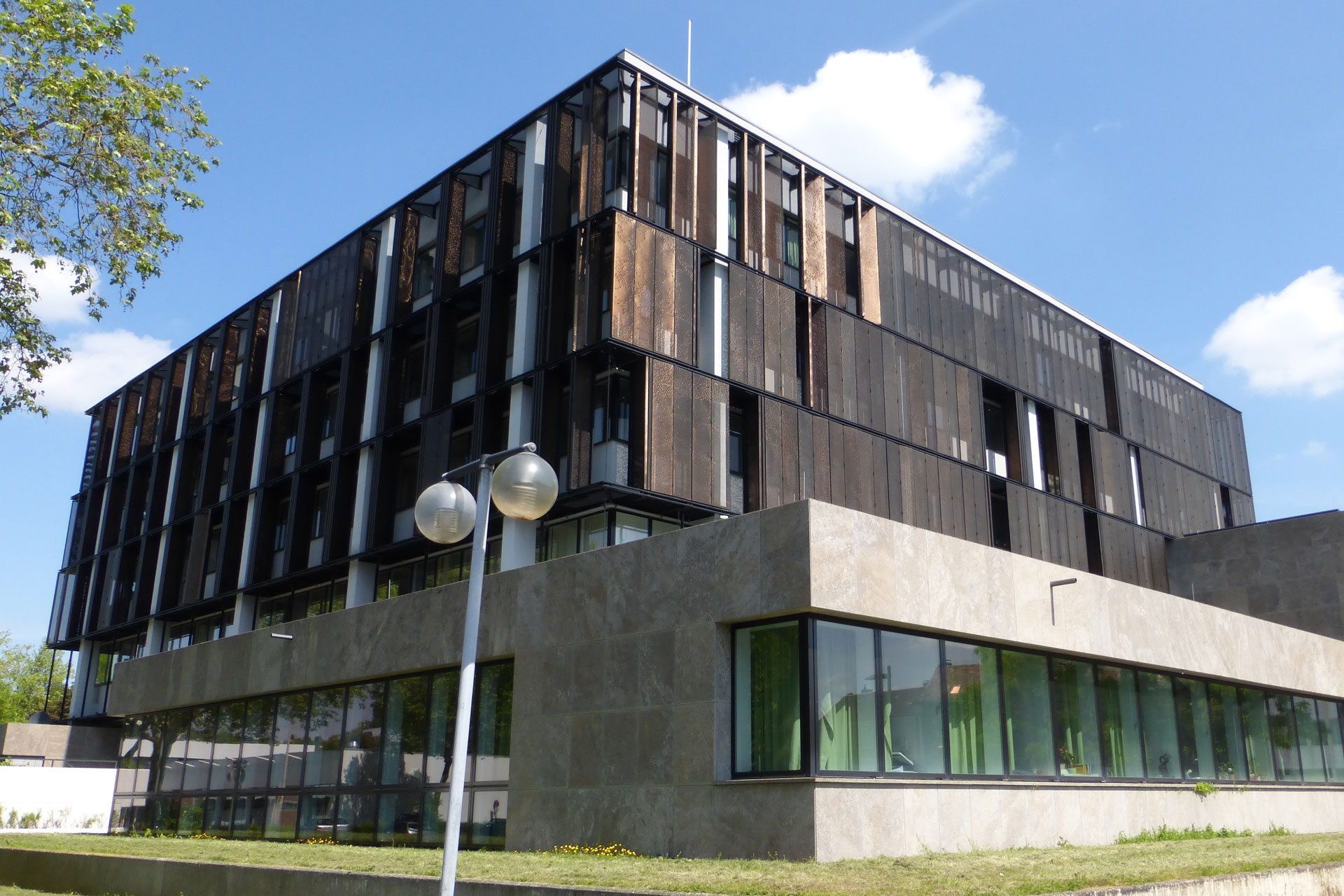 referenz_402_Rathausfassade